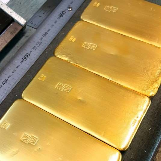 4x 5k Gold Bars Hand Poured and Stamped Morris and Watson and weight. Fine gold content 99.99% pure.